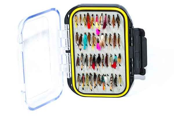 154 fly box with wet fishing flies