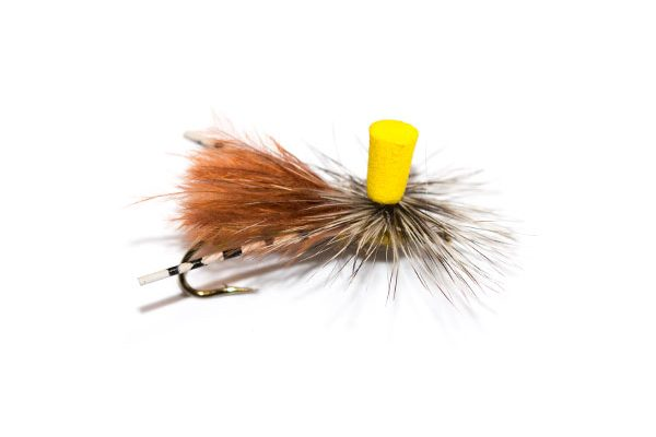 http://www.fish-fishingflies.co.uk brings you the selection of dry stimulator flies, No Wonder Fly Callibaetis