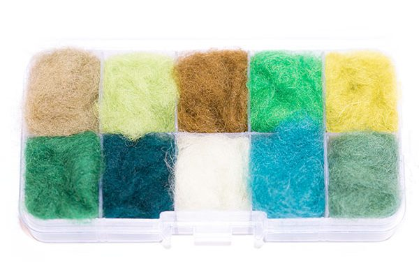 Waterburn Fineline Greens and Olives 10 individuals dubbing box, fish fly tying