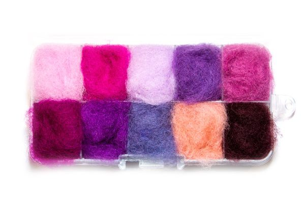 Waterburn Fineline Pinks and Reds 10 individuals dubbing box