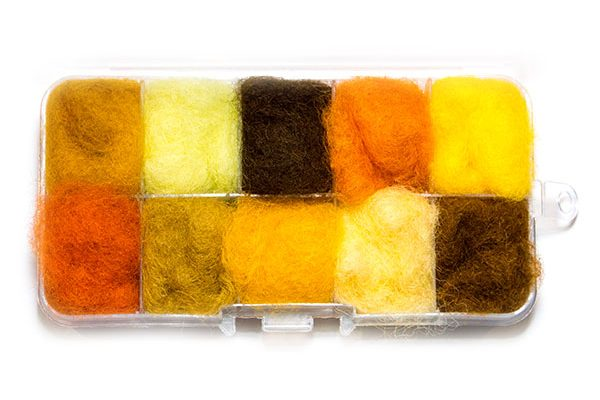 Waterburn Fineline Yellows and Browns 10 individuals dubbing box