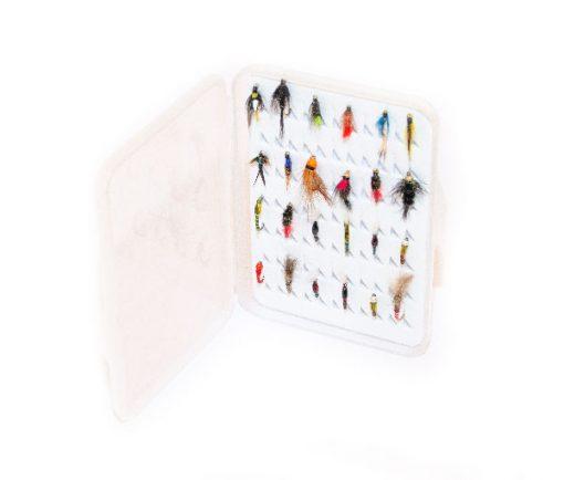Slimline Plastic ( holds 77 standard flies) FREE 32 x Flies